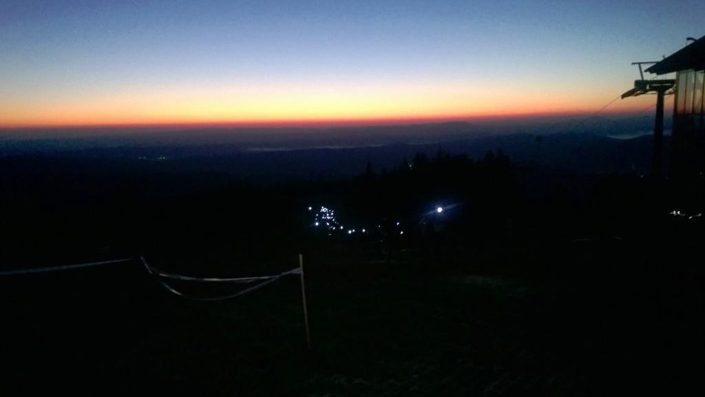 Bieg 7 Dolin podejście po Jaworzynę Krynicką - światełka czołówek